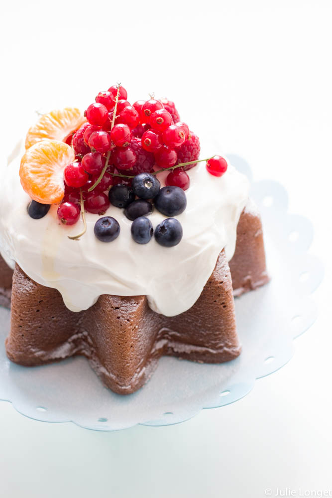 Gâteau au lemon curd glaçage cream cheese et yaourt