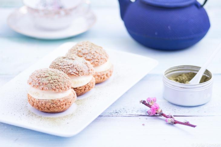 Choux craquelin à la crème légère vanille matcha
