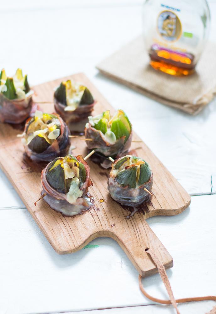 Figues rôties au lard, gorgonzola, amandes et sirop d'érable