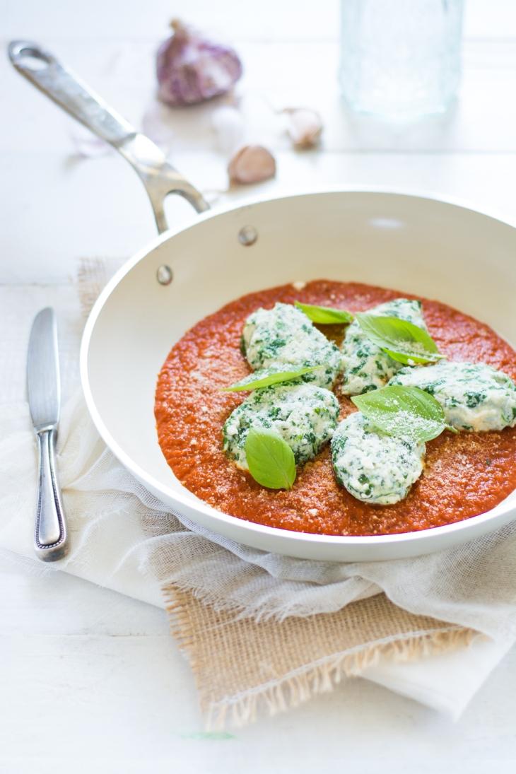 Gnudi ricotta épinards, sauce tomate maison