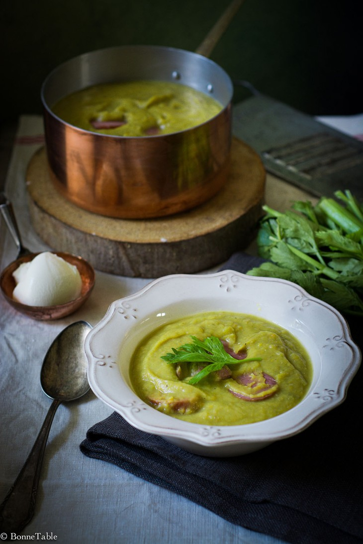 Erwtensoep (soupe de pois cassés)